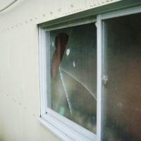 ガラストラブル台風被害画像